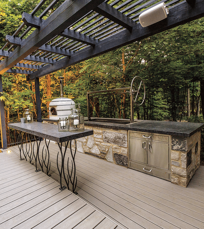 Outdoor Kitchens - Bertrand Landscape